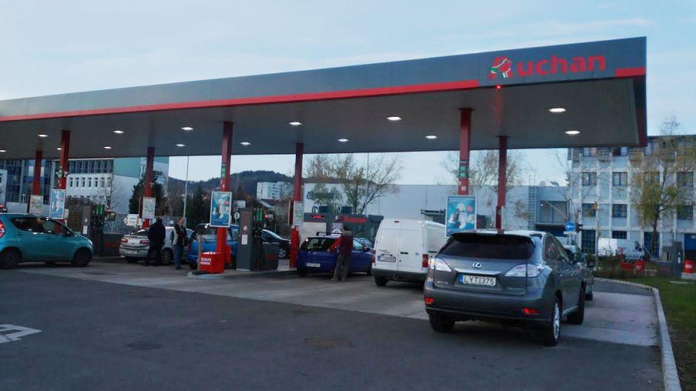 Auchan benzin - Korkealaatuinen korjaus valmistajalta